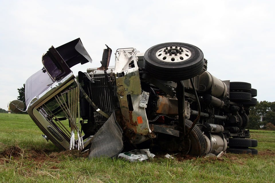 Kent, NY – One Killed in Collision with Tractor-Trailer on I