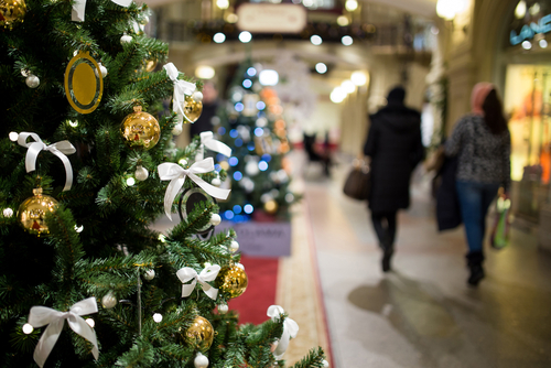 Common Holiday Risks for Retail Workers